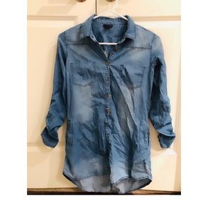 Denim dress with pockets